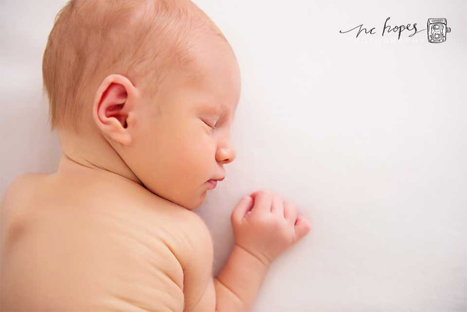 Newborn photographer Cheadle Hulme