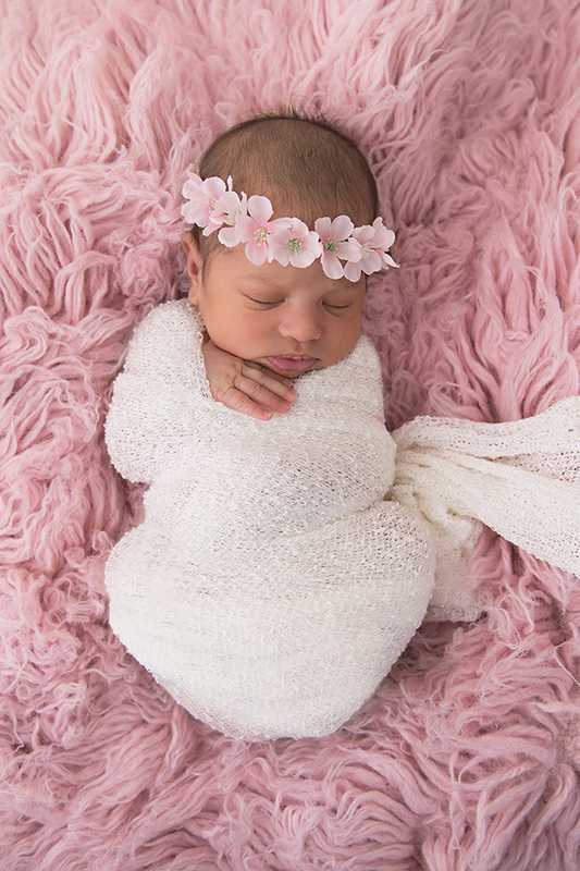 newborn photographers stockport