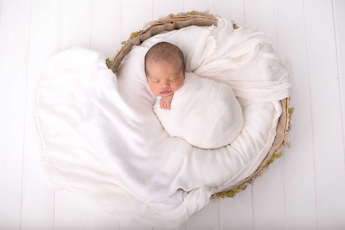 Baby photographers cheadle stockport