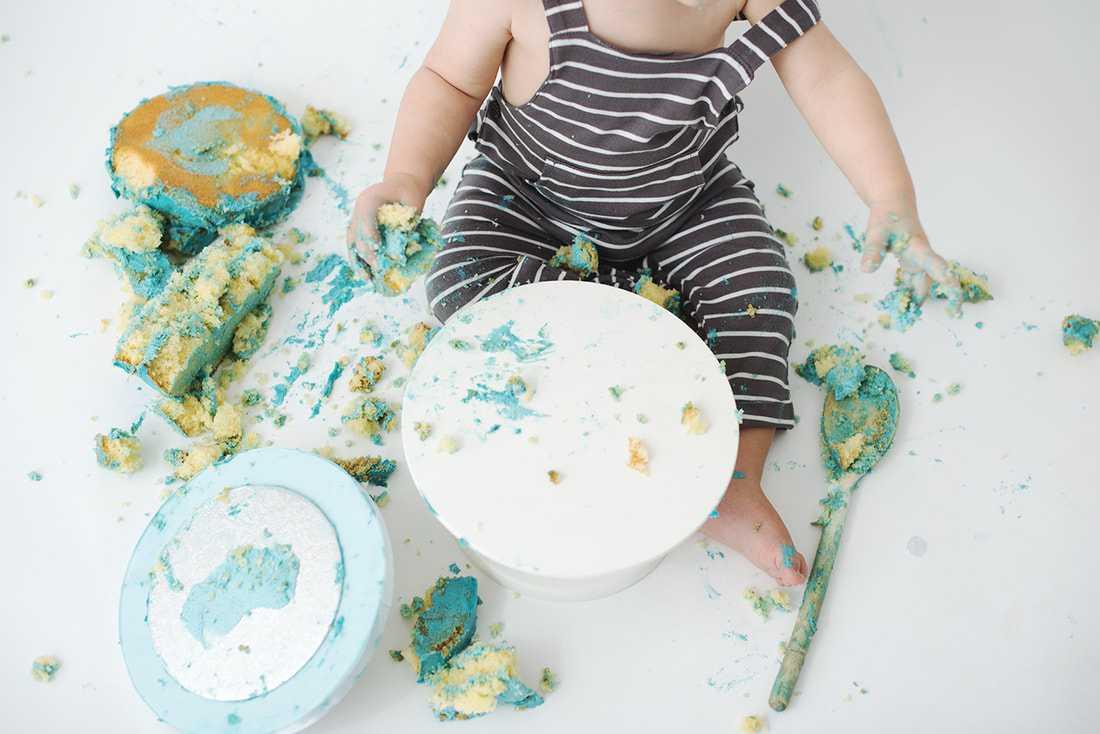 end of cake smash photoshoot