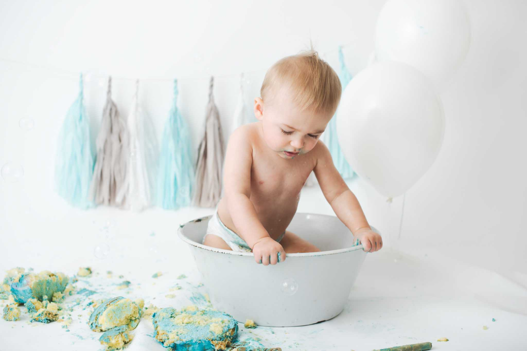 Baby Boy Blue Cake Smash Photo