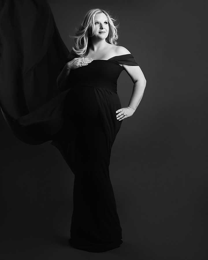 Black and white Pregnancy Photoshoot Wilmslow