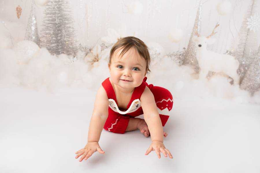 Baby's Christmas Photographs