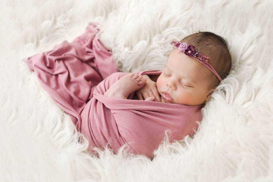 Newborn Photographers Heaton Moor