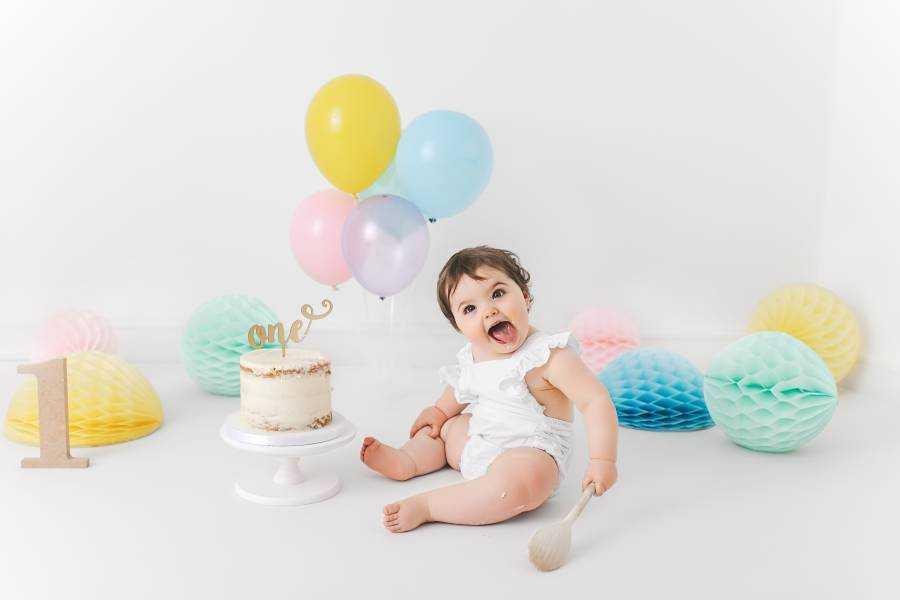 Baby Girl Smash Cake Cheadle